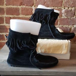 Minnetonka Fringle boot